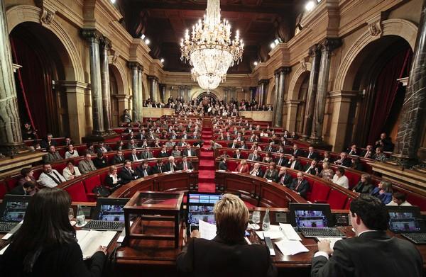 El-Parlamento-autonómico-de-Cataluña-durante-una-seción.-Foto-marta-Rovira-Vergés1.jpg
