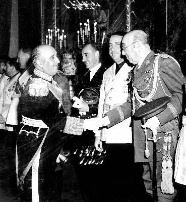 3097-90512-a-franco y titulos nobiliarios.jpg