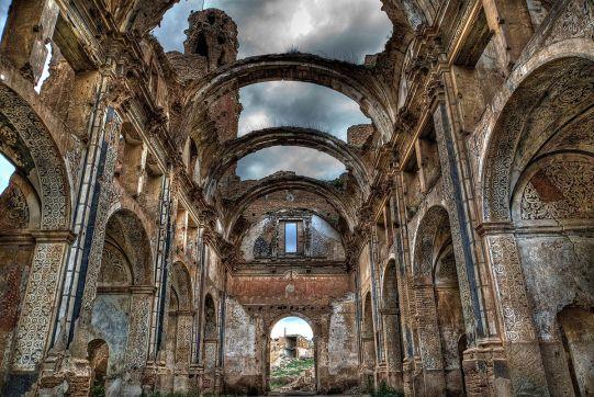 iglesia_de_belchite_zaragoza.jpg