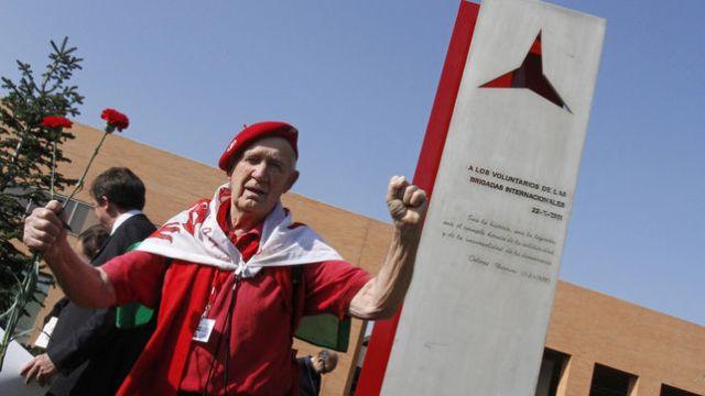 Universidad-Complutense-Brigadas-Internacionales-EFEVictor_EDIIMA20130607_0371_4.jpg