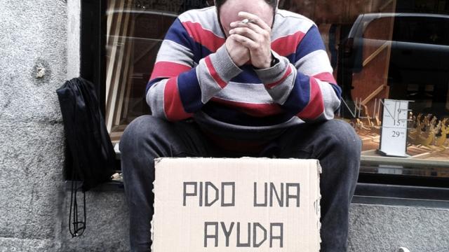 la-crisis-economica-y-el-paro-cambian-el-perfil-de-los-sin-hogar-en-espana.jpg