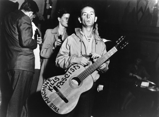woody-guthrie_2-620