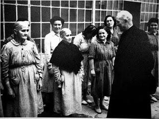 mujeres-presas-en-la-prision-de-segovia.jpg