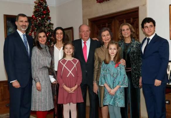 El Rey Juan Carlos celebra sus 80 años con una comida familiar multitudinaria