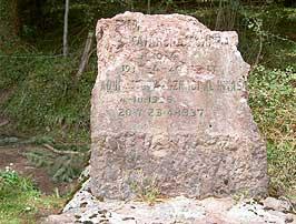 Monumento conmemorativo a los combatientes en la defensa delos Itxortias. Aranzadi.eus